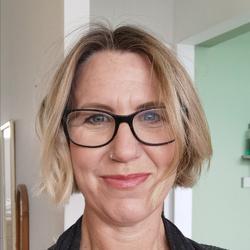 Amanda Williamson, estate agent