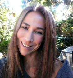 Caroline Mostert, estate agent