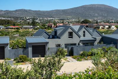 Property For Sale in Chapman's Bay Estate, Noordhoek