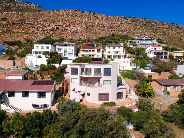 Property For Sale in Fish Hoek Central, Fish Hoek