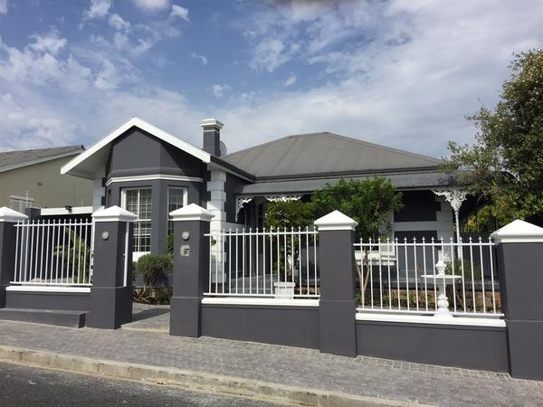 Property For Rent in Wynberg, Cape Town
