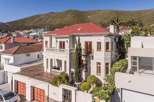 Property For Sale in Fresnaye, Cape Town