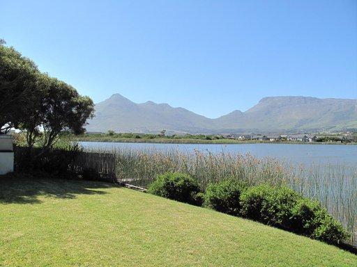 Property For Rent in Lake Michelle Security And Eco Estate, Noordhoek 14