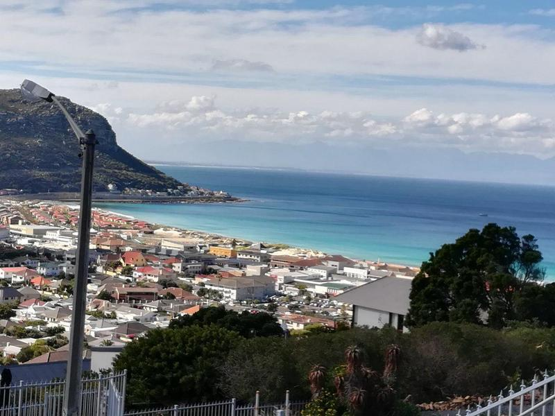 Property For Sale in Fish Hoek, Fish Hoek 1