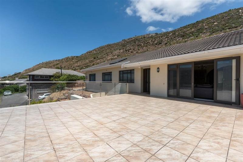 Property For Sale in Fish Hoek Central, Fish Hoek 20