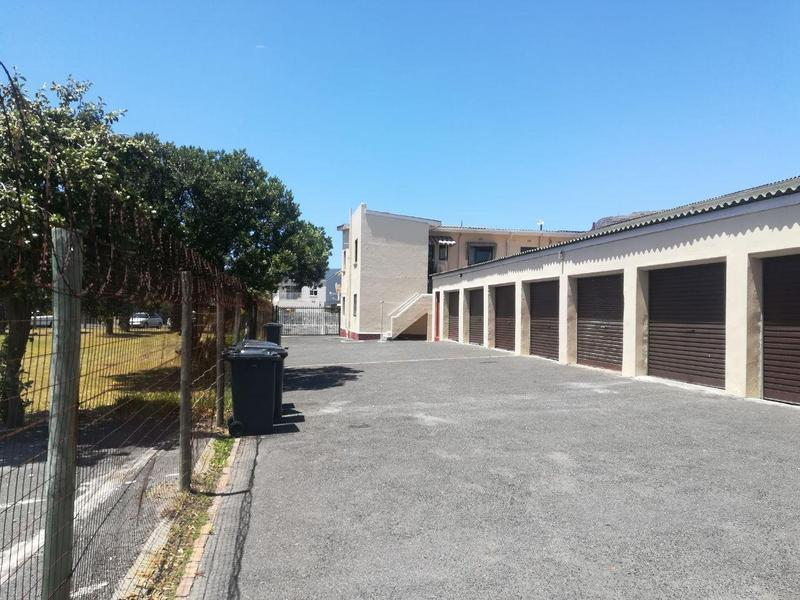 Property For Sale in Fish Hoek, Fish Hoek 12