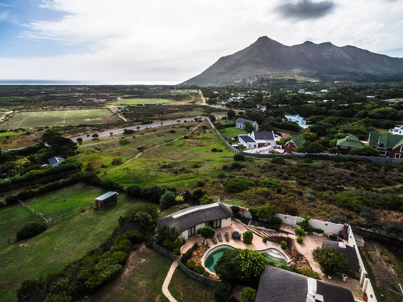 Property For Rent in Crofters Valley, Noordhoek 25