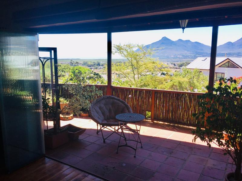 Property For Sale in Capri, Fish Hoek 5