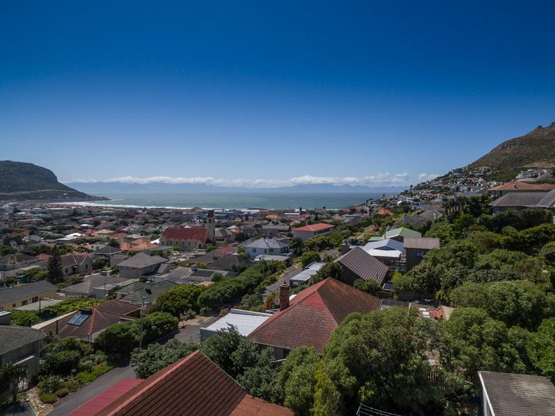 Property For Sale in Fish Hoek Central, Fish Hoek 2