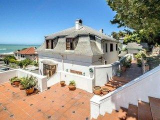 Property For Sale in St James, Cape Town 5