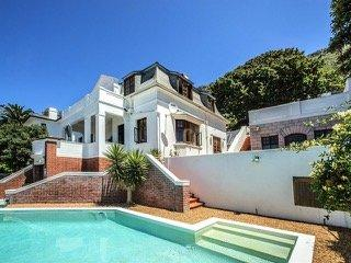 Property For Sale in St James, Cape Town 7