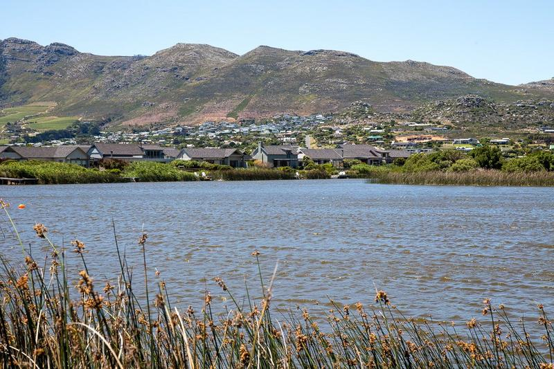 Property For Sale in Lake Michelle Security And Eco Estate, Noordhoek 10