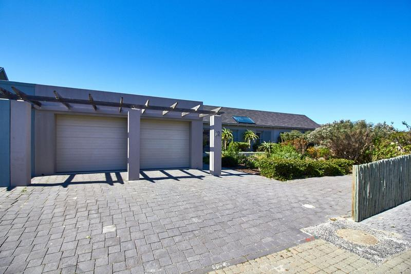 Property For Sale in Lake Michelle Security And Eco Estate, Noordhoek 13