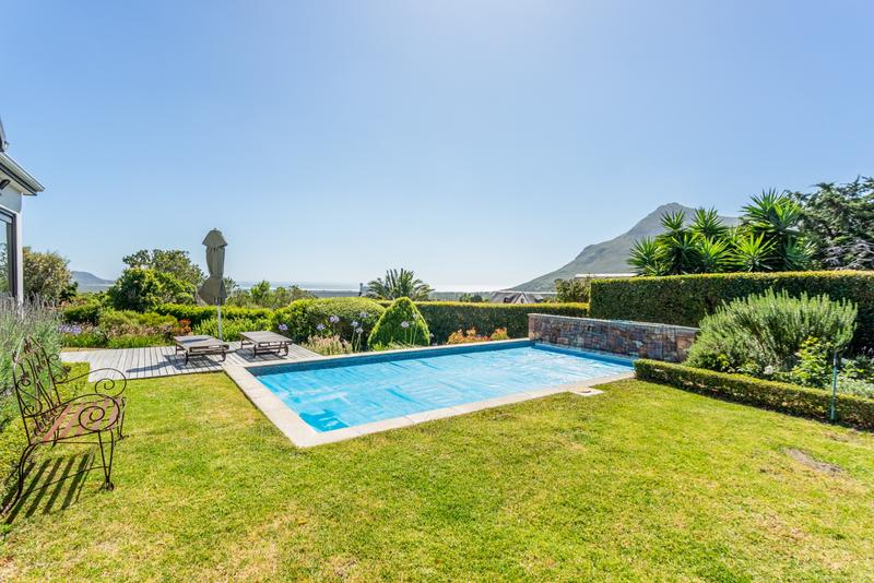 Property For Sale in Noordhaven, Noordhoek 5