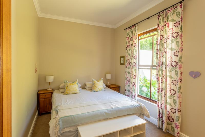 Property For Sale in Noordhaven, Noordhoek 13