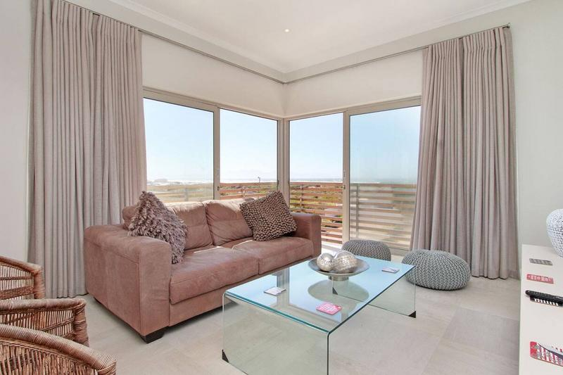 Property For Rent in Muizenberg, Cape Town 3