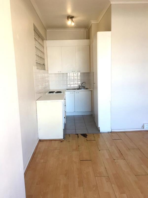 Property For Rent in Sea Point, Cape Town 1
