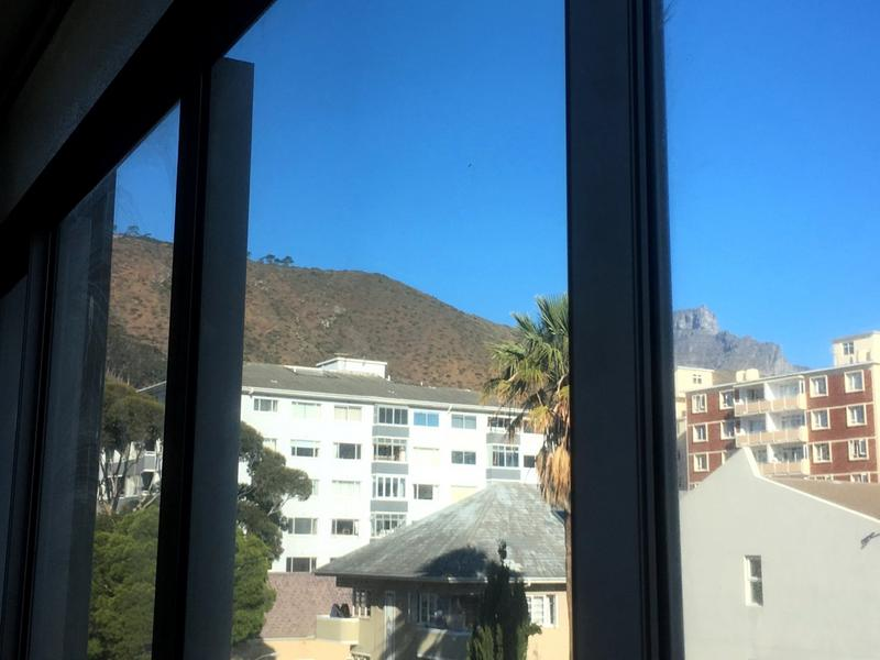 Property For Rent in Sea Point, Cape Town 4