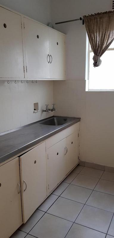 Property For Rent in Mouille Point, Cape Town 11