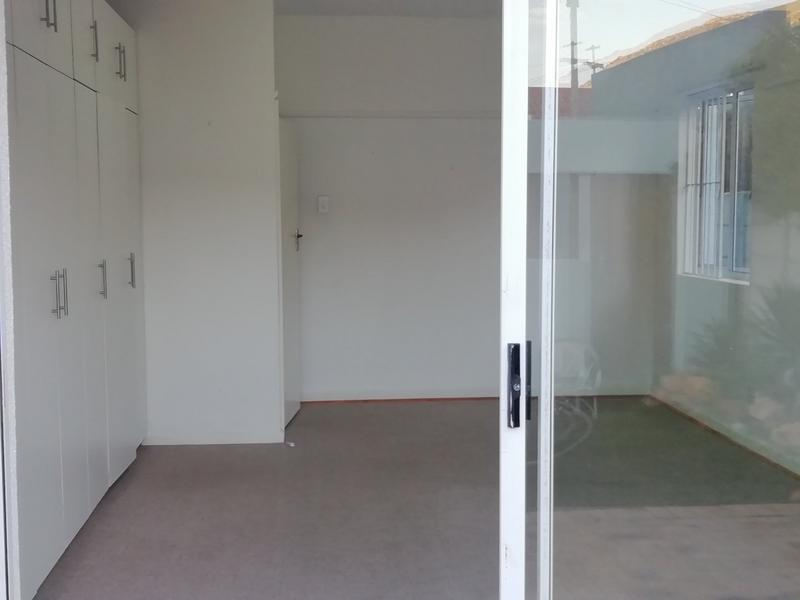 Property For Rent in Fish Hoek, Fish Hoek 8