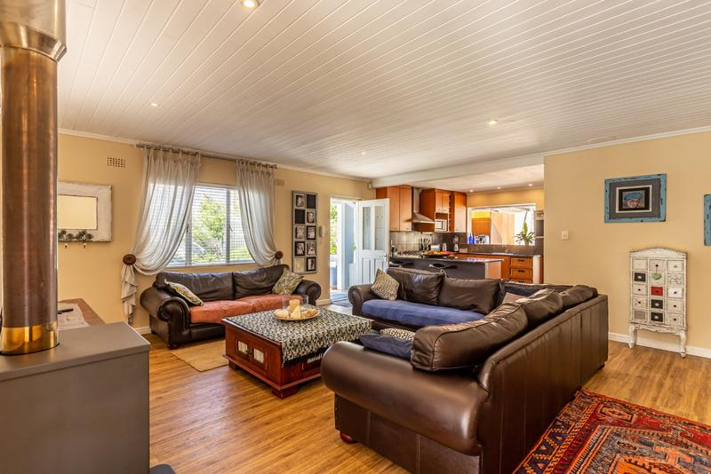 Property For Sale in Capri, Fish Hoek 7