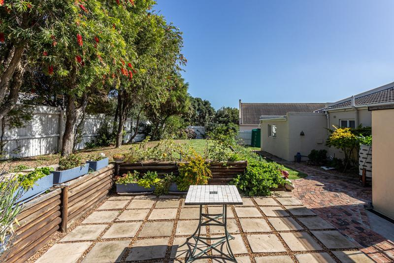 Property For Sale in Capri, Fish Hoek 23