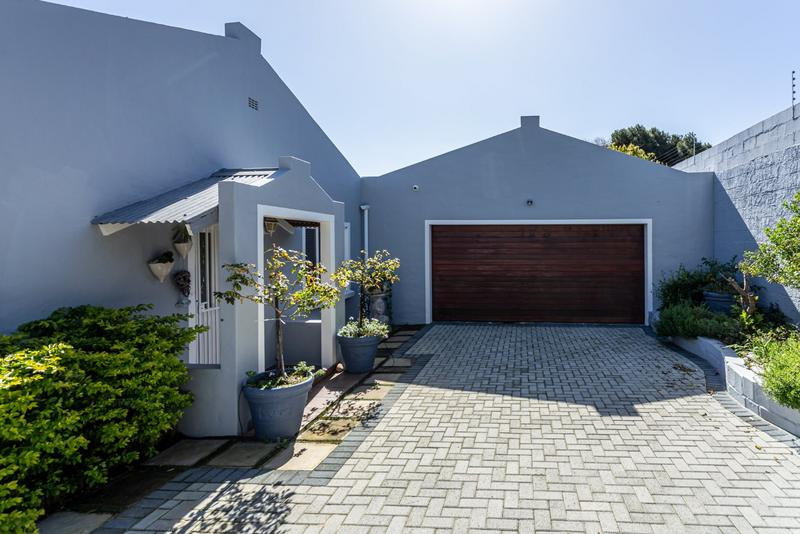 Property For Sale in Capri, Fish Hoek 25