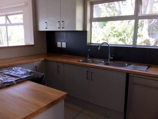 Property For Rent in Oranjezicht, Cape Town 10