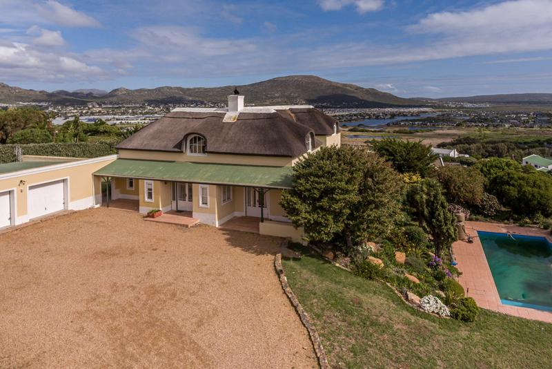 Property For Sale in Crofters Valley, Noordhoek 5