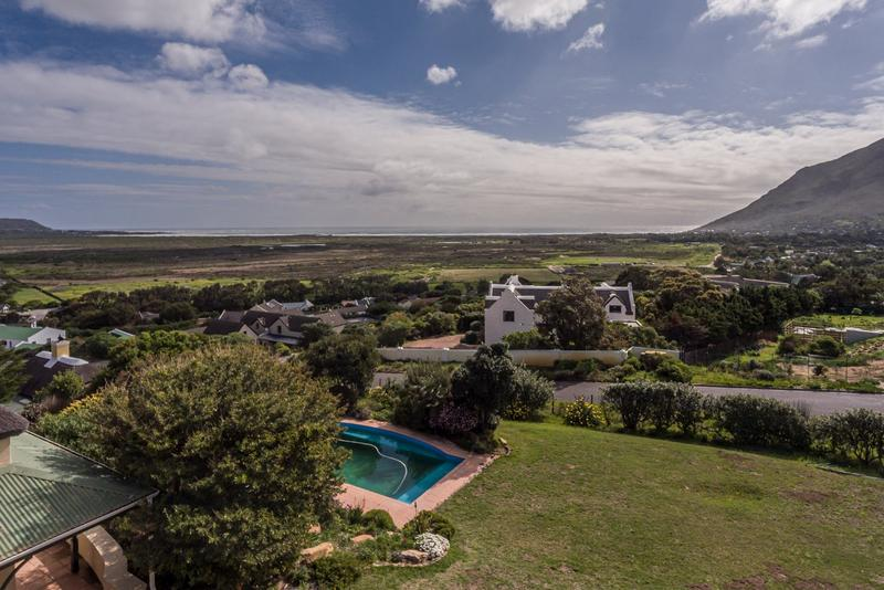Property For Sale in Crofters Valley, Noordhoek 6