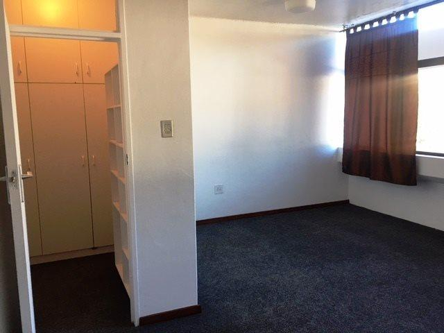 Property For Rent in Oranjezicht, Cape Town 7