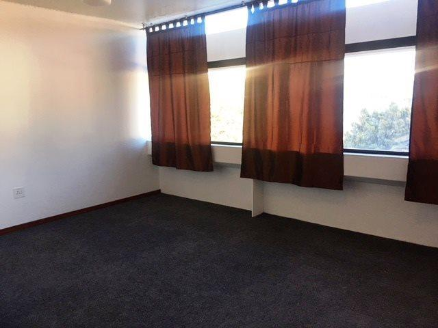 Property For Rent in Oranjezicht, Cape Town 8