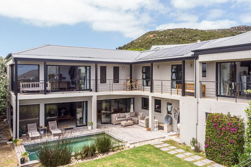 Property For Sale in Stonehaven Estate, Fish Hoek 2