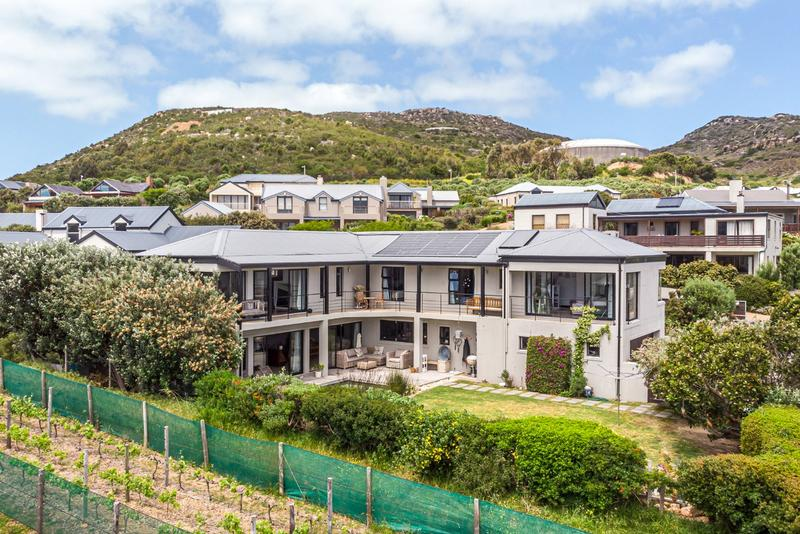 Property For Sale in Stonehaven Estate, Fish Hoek 4