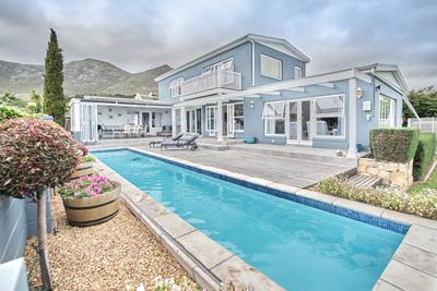 Property For Sale in Noordhaven, Noordhoek