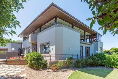 Property For Sale in San Michel, Noordhoek
