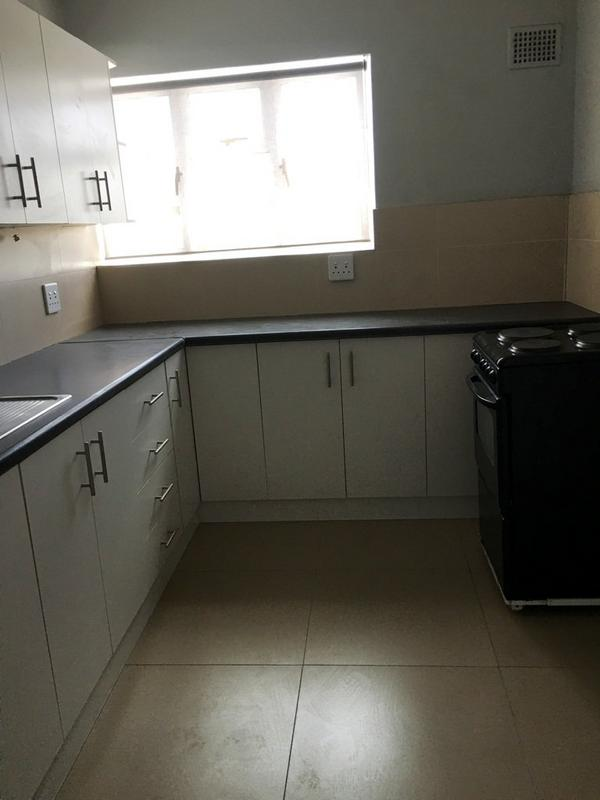 Property For Rent in Green Point, Cape Town 5