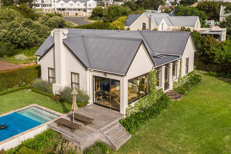 Property For Sale in Noordhaven, Noordhoek 2