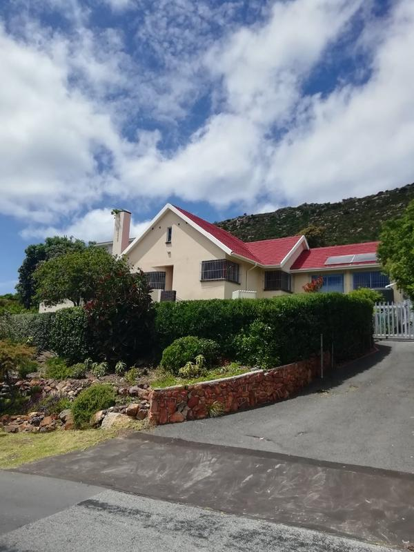 Property For Rent in Fish Hoek, Fish Hoek 1