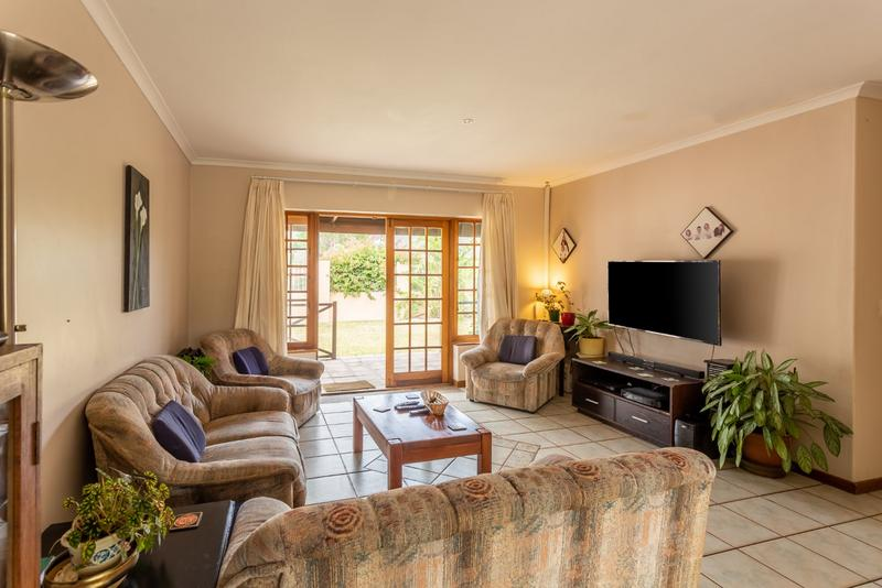 Property For Sale in Milkwood Park, Noordhoek 9
