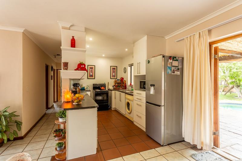 Property For Sale in Milkwood Park, Noordhoek 10