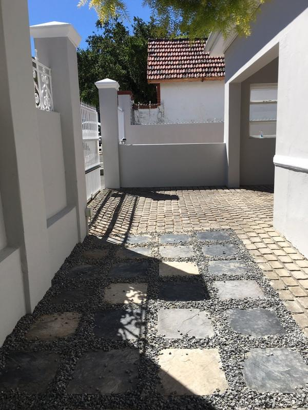 Property For Rent in Tamboerskloof, Cape Town 22