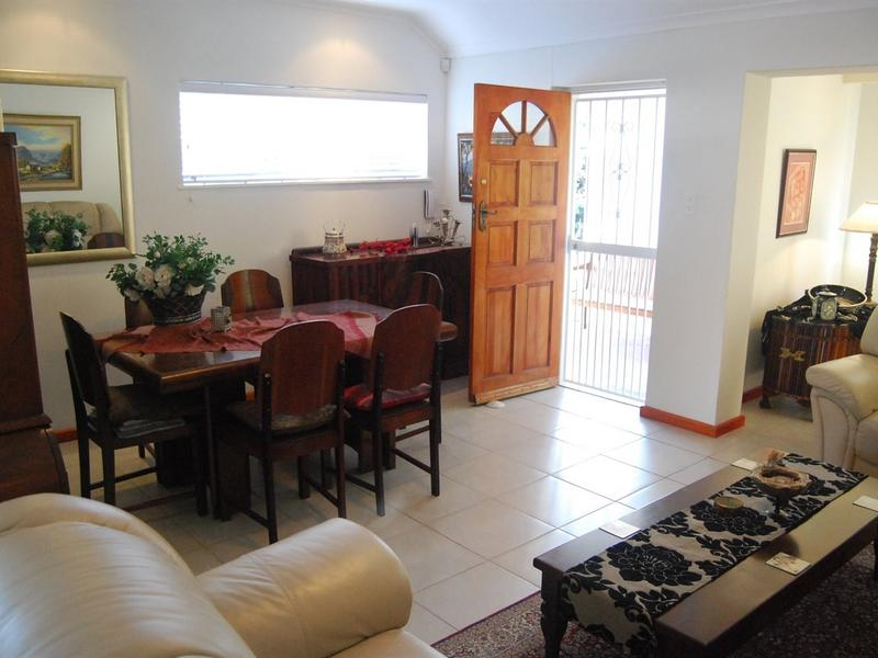 Property For Rent in Sun Valley, Fish Hoek 5
