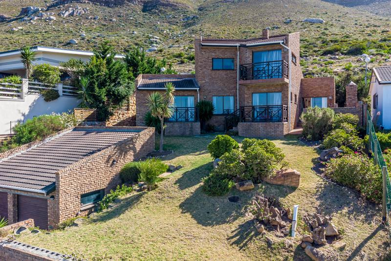 Property For Sale in Murdock Valley, Simons Town 3