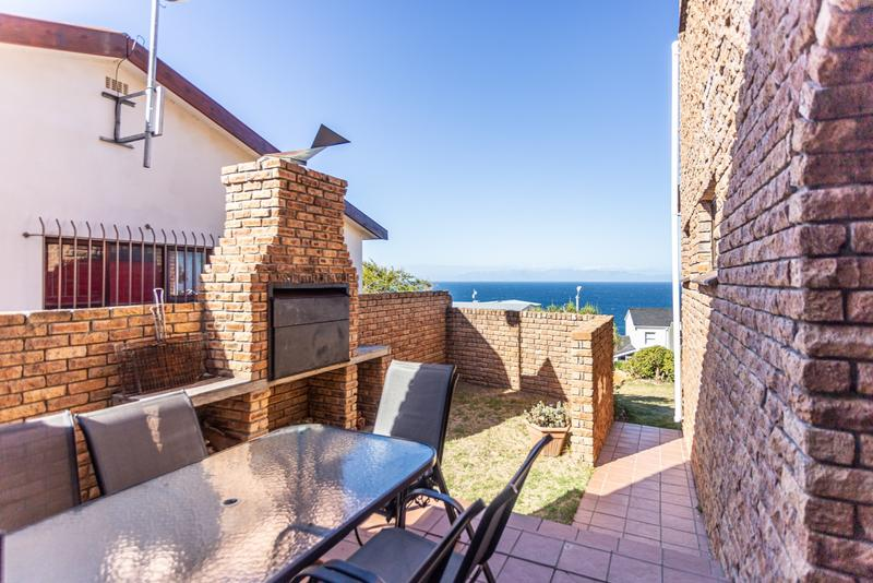 Property For Sale in Murdock Valley, Simons Town 4