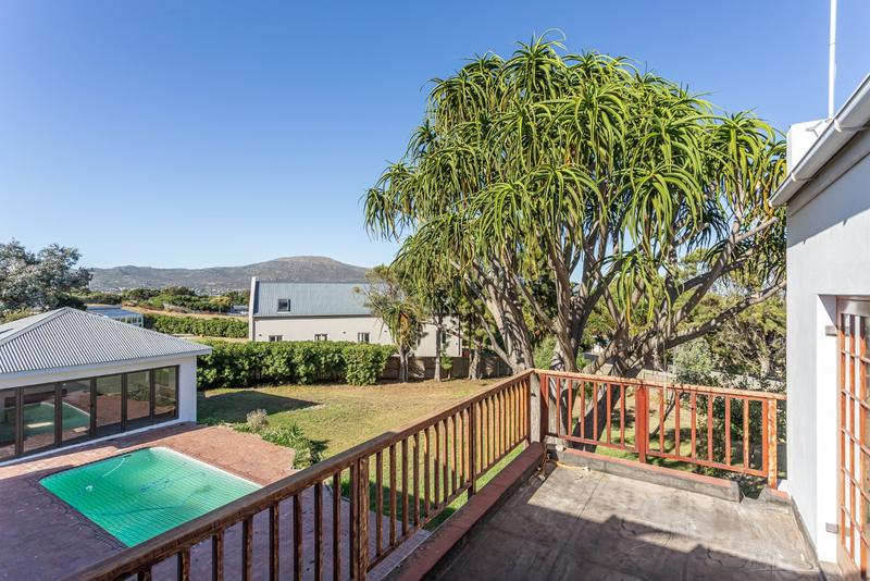 Property For Sale in Crofters Valley, Noordhoek 22