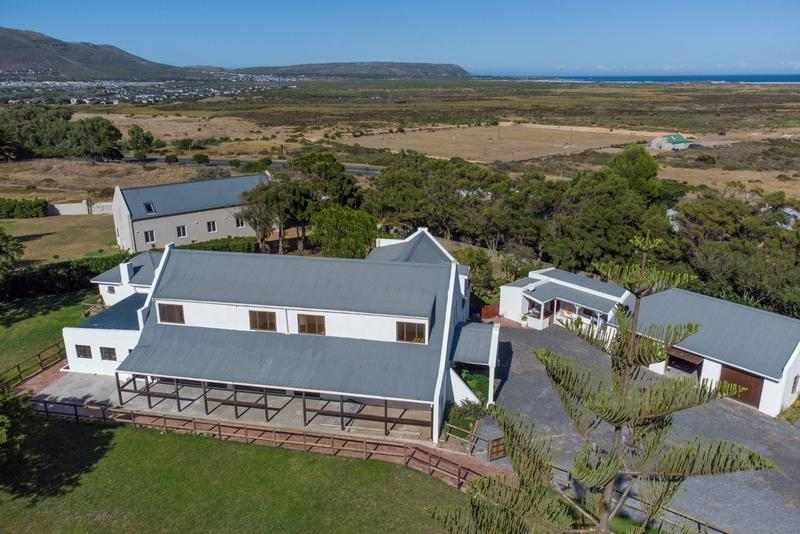 Property For Sale in Crofters Valley, Noordhoek 36