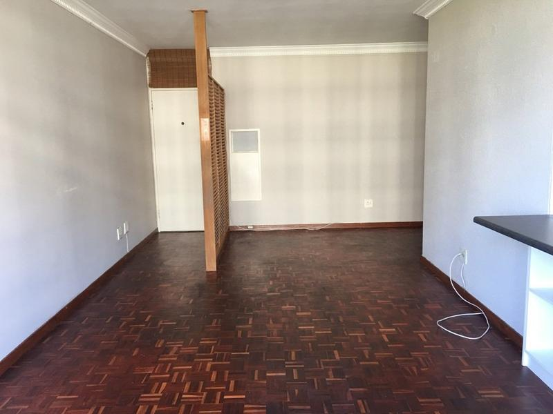 Property For Rent in Cape Town City Centre, Cape Town 5