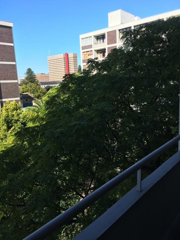 Property For Rent in Cape Town City Centre, Cape Town 10