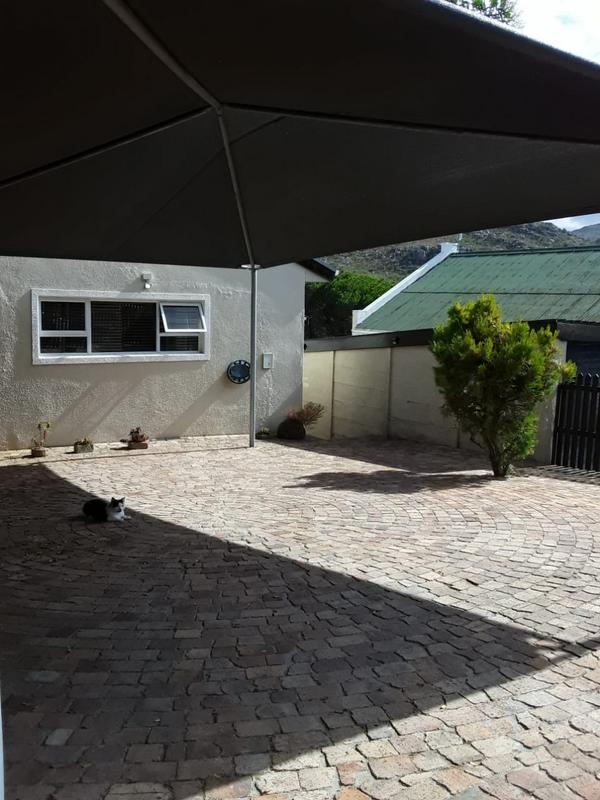 Property For Rent in Welcome Glen, Simons Town 2